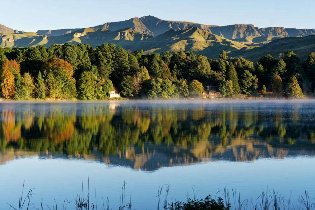 Järvi ja vuori